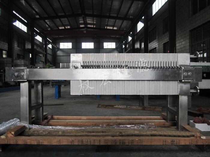 「湖北压滤机厂家」压滤机滤布的使用注意事项 在污水处理过程中的作用