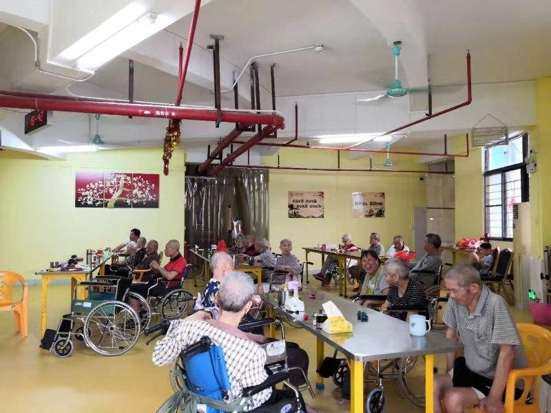 提供广东信誉好的养老院二级护理-关于养老院的收费标准