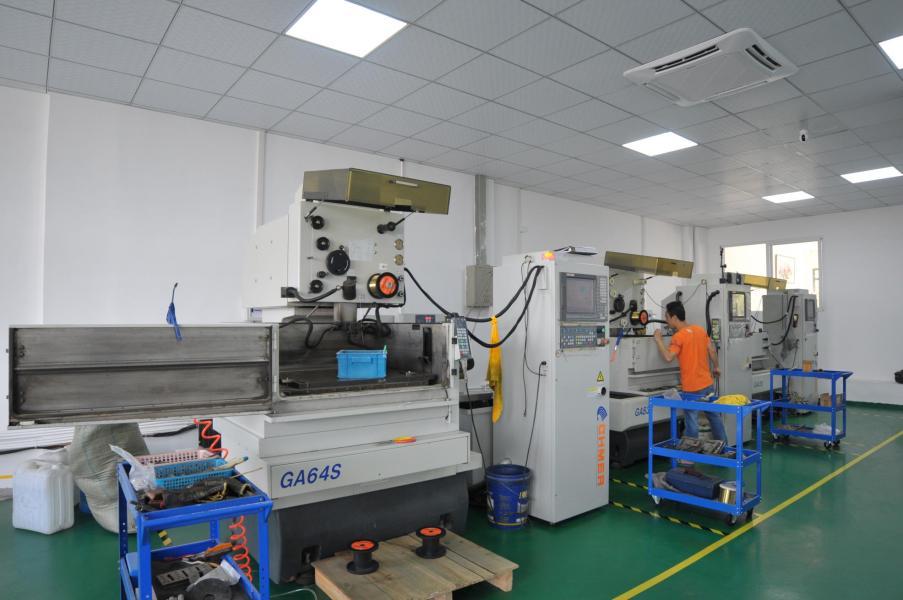 福州興元泰機械模具有限公司