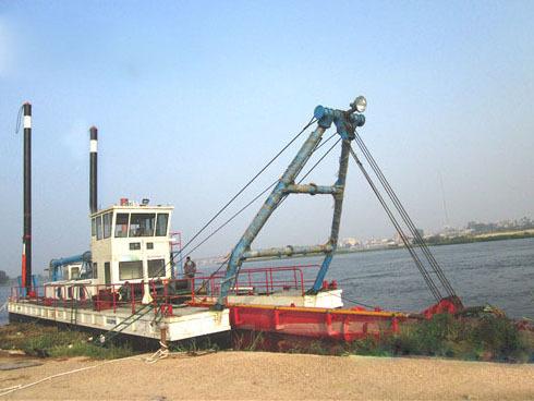 射吸式淘金船