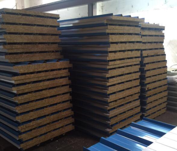 哪儿有卖品质高的彩钢板,柳州彩钢夹芯板价格