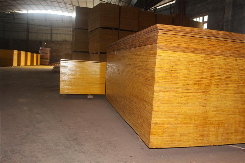 广西建筑模板批发厂家:建筑模板怎么才能使用更长久?