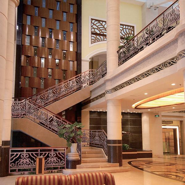 购买楼梯护栏材料的小技巧及其预算估价的分析
