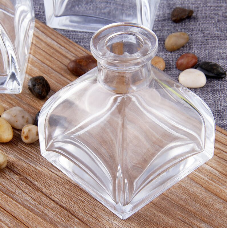 厂家直销化妆品包装包材玻璃瓶 方底蒙古包香薰瓶100ml现货批发