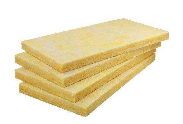 夹心岩棉板的特性有哪些?
