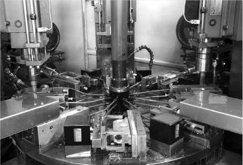 闭门器自动生产设备