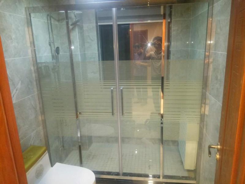 沐浴房隔断