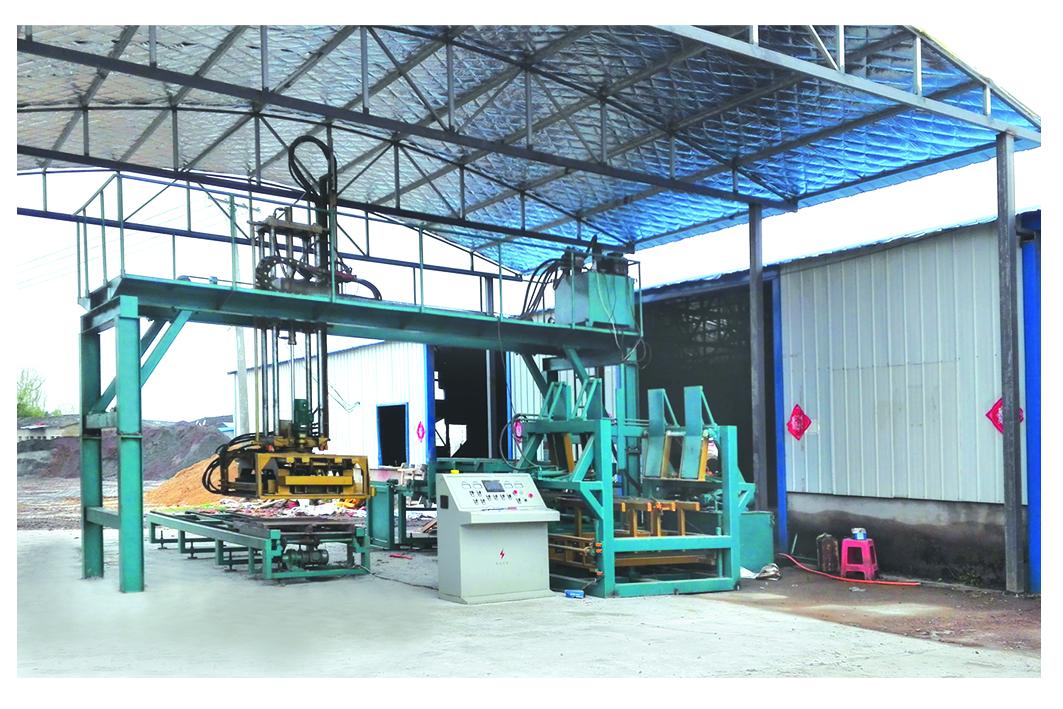 邯郸收砖机厂家 划算的多功能全自动拼砖码砖机哪里有卖