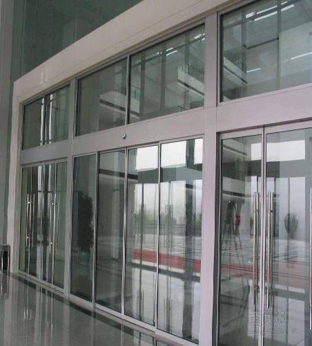 电动折叠门安装