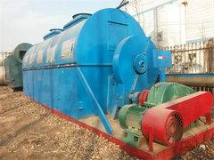 干燥机是指一种利用热能降低物料水分的机械设备,用于对物体进行干燥操作。干燥机通过加热使物料中的湿分(一般指水分或其他可挥发性液体成分)汽化逸出,以获得规定湿含量的固体物料。干燥的目的是为了物料使用或进一步加工的需要。按操作压力,干燥机分为常压干燥机和真空干燥机两类,根据操作压力可分为常压和减压(减压干燥机也称真空干燥机)。词条还详细介绍了吸附时干燥机、冷冻式干燥机和微波干燥机。