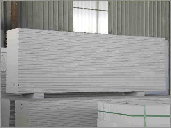轻质隔墙板厂家:轻质隔墙板的种类