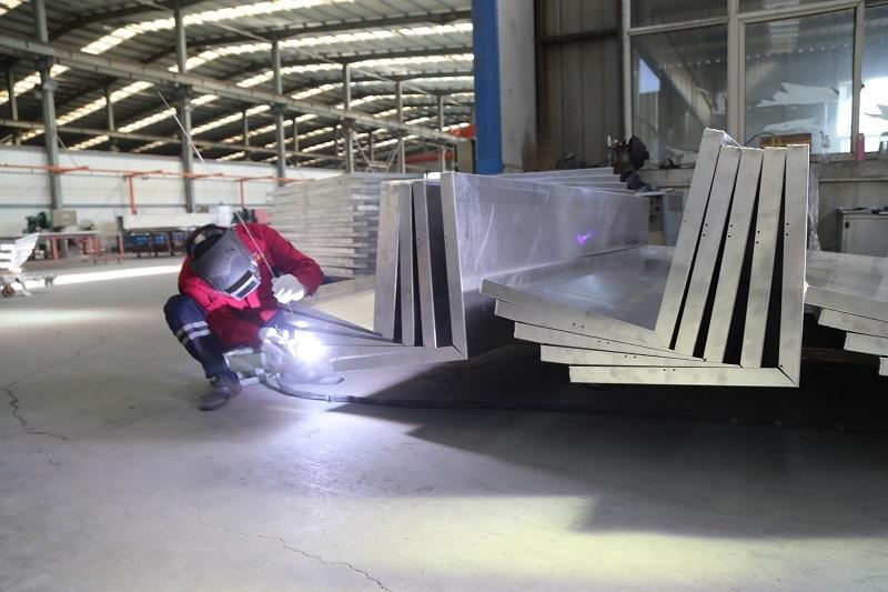 铝单板安装前准备工作