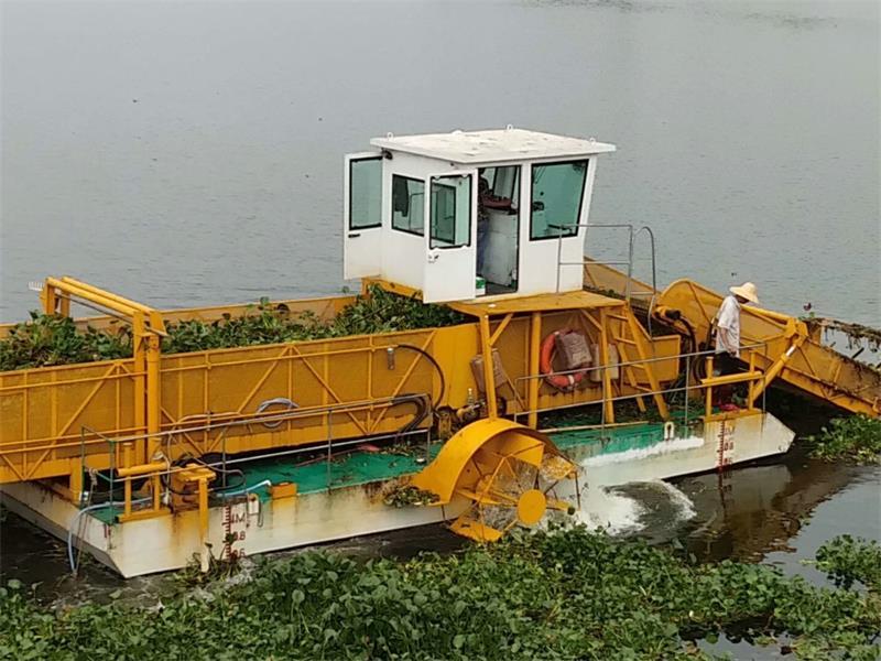 水面保洁船