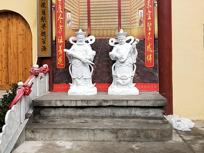 石雕四大天王