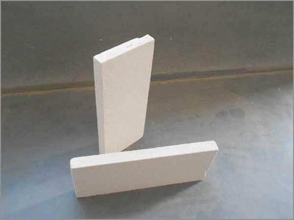 蒸压加气混凝土自保温砌块