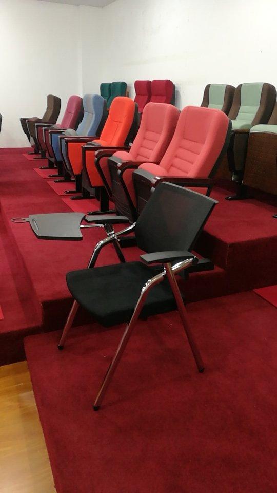报告厅 椅子