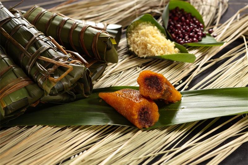 哪里买特产-高佬苏裹蒸粽供应报价合理的正宗枧水粽