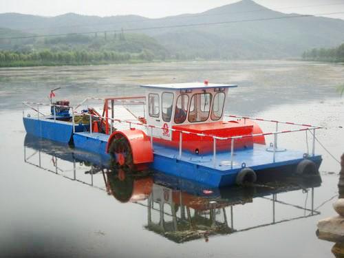割草船保养和预防船体泄露的措施