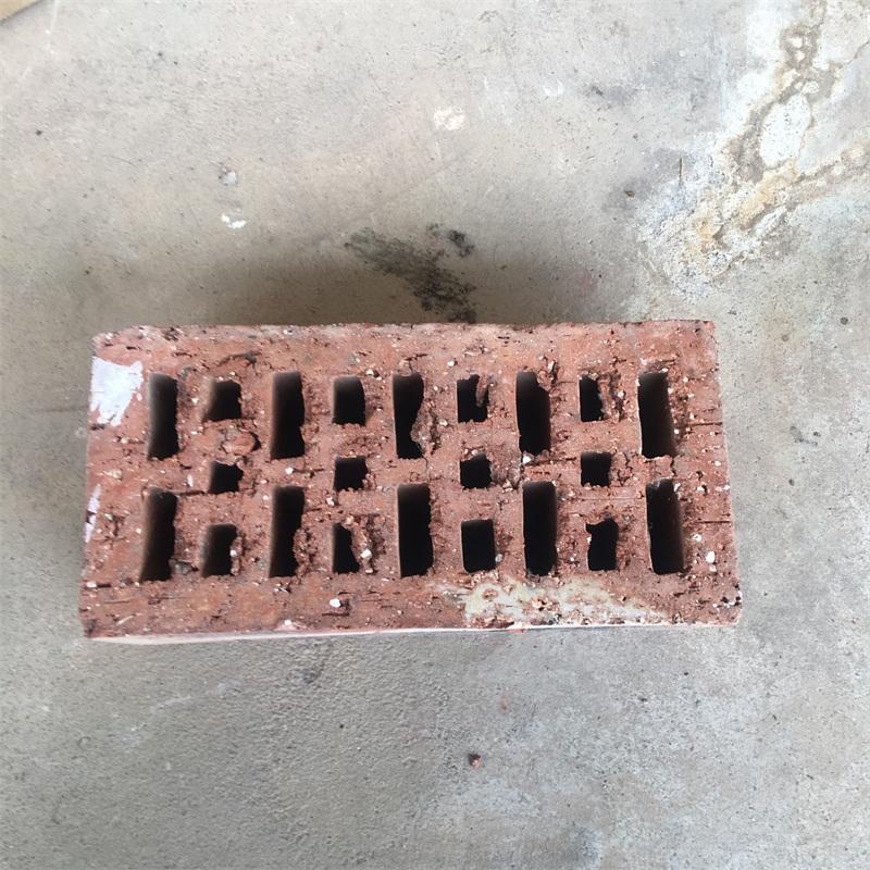 烧结标准砖_想买质量好的空心砌块砖上哪