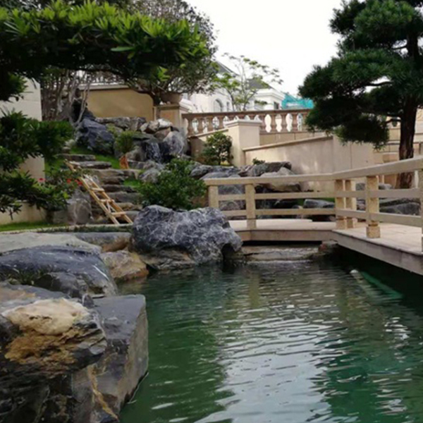 「别墅小花园天台设计」别墅屋顶花园的施工要点及方案是什么