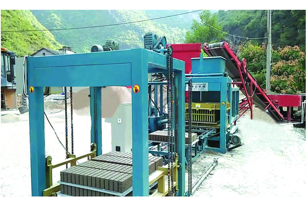 好用的砌块成型机推荐,南京液压砖机