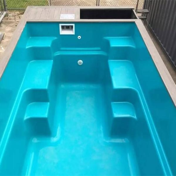 集装箱游泳池