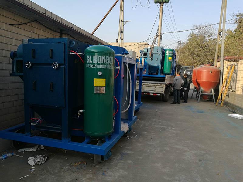 选购质量可靠的自动配料系统就选郑州晨航机电|碳素厂称重配料车