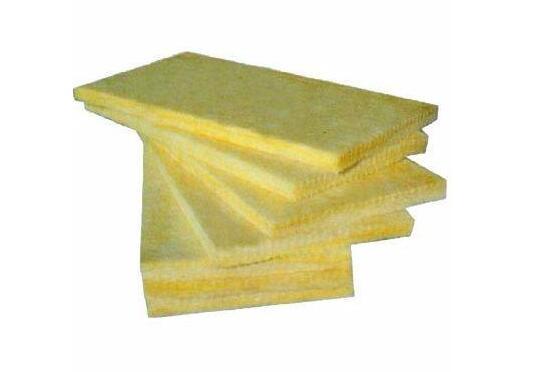 夹心岩棉板厂:夹心岩棉板的安装要求和使用要求